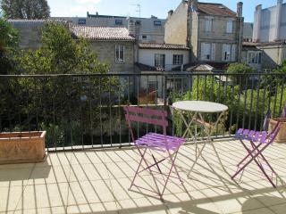Appart CROIX de SEGUEY T5 de 90m² - Bordeaux vacation rentals