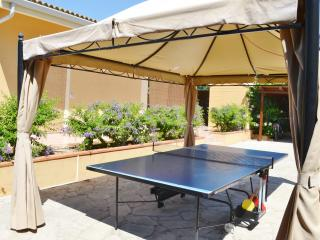 Cozy 3 bedroom Villa in Sampieri with Deck - Sampieri vacation rentals