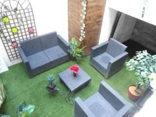 "Appart "" jardin en ville"" ""garden in  city"" - Nantes vacation rentals"