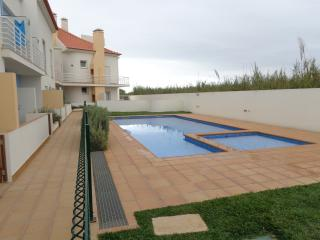 Romantic 1 bedroom Apartment in Ferrel with Internet Access - Ferrel vacation rentals
