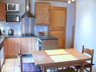 Chalet l'Or Blanc appartement - 4 couchages - Peisey-Nancroix vacation rentals