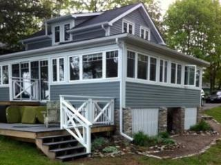 Mi Casa Tu Casa on Sturgeon Lake - Lindsay vacation rentals