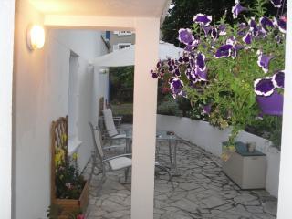 Gites de Daumesnil appartement La Garance - Morlaix vacation rentals