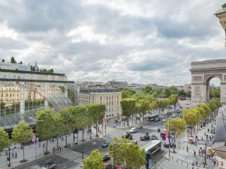 LUXURY&DESIGN IN CHAMPS-ELYSEES AVENUE 75008-VIEW - Paris vacation rentals