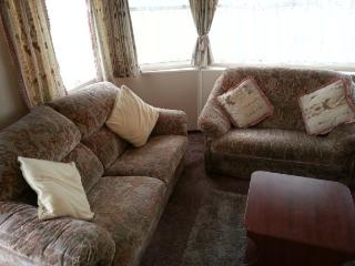 Nice Caravan/mobile home with Short Breaks Allowed and Toaster - Skipsea vacation rentals