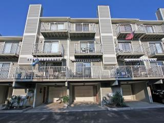 Large 3-Bedroom, 3.5 Bath, Sleeps 8, 3 Balconies - Ocean City vacation rentals