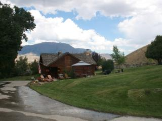 Beautiful Historical Cabin near Yellowstone - Cody vacation rentals