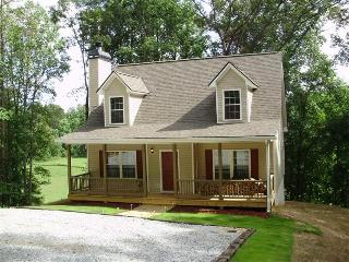 Brand New Cottage on Etowah River Near Wineries - Dahlonega vacation rentals