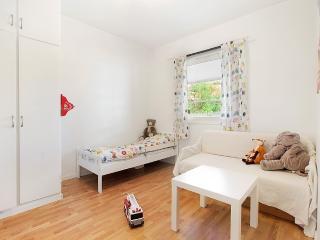 Beautiful apartment close to city center - Bergen vacation rentals