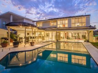Golden Vista - Broadbeach vacation rentals