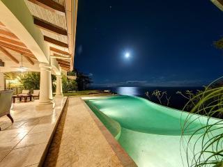 Villa Paraiso Montezuma, Sleeps 14 - Montezuma vacation rentals