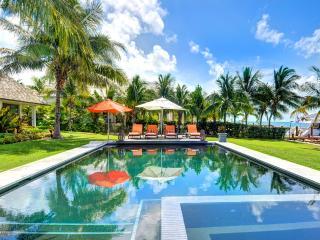 Villa Sul Mare, Sleeps 10 - Paradise Island vacation rentals