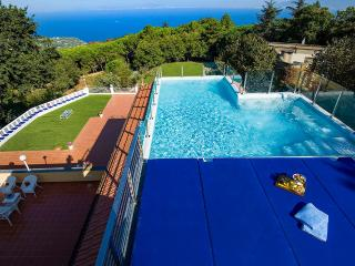 Adorable Villa with Television and Hot Tub in Sorrento - Sorrento vacation rentals