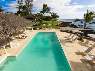 Casa Alegre, Sleeps 22 - La Romana vacation rentals