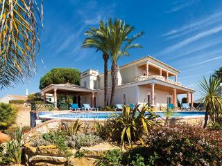 Villa Ribeira Lima, Sleeps 8 - Lagos vacation rentals