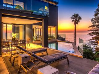 The Oracle, Sleeps 10 - Bantry Bay vacation rentals