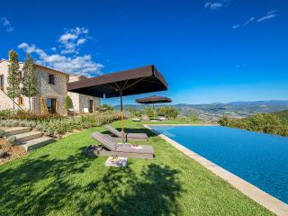 Charming Villa with Internet Access and Television - Perugia vacation rentals
