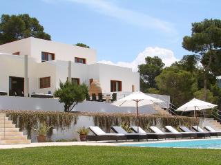 Perfect Villa with Balcony and Parking - Sant Josep De Sa Talaia vacation rentals