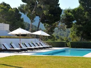 6 bedroom Villa with Balcony in Sant Josep De Sa Talaia - Sant Josep De Sa Talaia vacation rentals