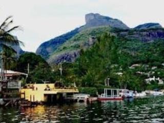 Casa loft ilha da gigoia condomínio 750 m da praia - Rio de Janeiro vacation rentals