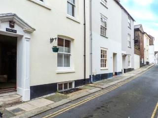 SAMPHIRE historic fisherman's cottage, close to beach, town centre in Deal Ref 904653 - Deal vacation rentals