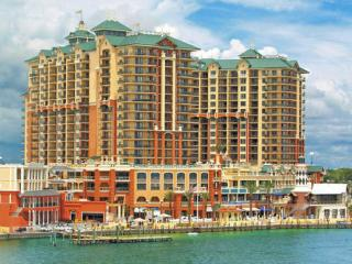 Wyndham Vacation Resorts Emerald Grande at Destin - Destin vacation rentals