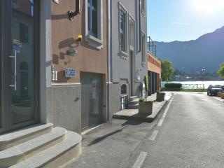 Residenza Cece' - Appartamento Elvira - Lecco vacation rentals