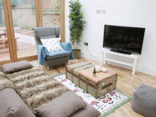 Luxury apartment - London vacation rentals