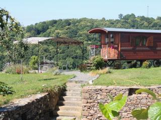 Cozy 2 bedroom Gite in Sadroc - Sadroc vacation rentals