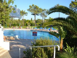 Magenta (By Rental Retreats) - Quinta do Lago vacation rentals