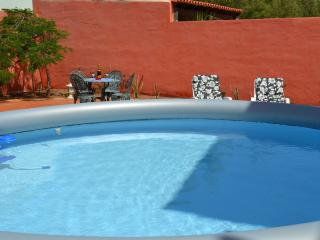 Nice House with Deck and Internet Access - Parque Holandes vacation rentals