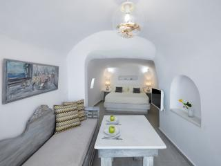 1 bedroom Villa with Internet Access in Oia - Oia vacation rentals