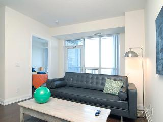 Executive One Bedroom Suite Subway Access - Toronto vacation rentals