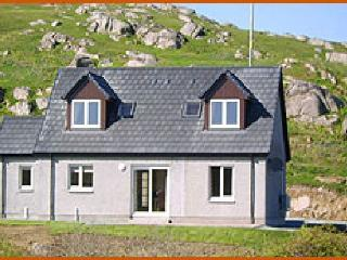 2 bedroom Cottage with Internet Access in Fionnphort - Fionnphort vacation rentals