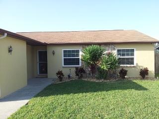 Lake View Home in Somerset Lakes, Largo - Largo vacation rentals