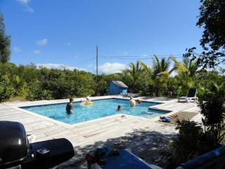 Family Fun - Spring Break By Grace Bay - Turtle Cove vacation rentals