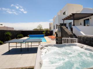 3/4/5 Bedroom Villa In PLAYA - Playa Blanca vacation rentals