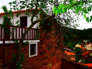 Cozy 2 bedroom Farmhouse Barn in Proenca-a-Nova with Swing Set - Proenca-a-Nova vacation rentals