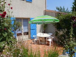 2 bedroom House with Internet Access in Saint-Georges d'Oleron - Saint-Georges d'Oleron vacation rentals