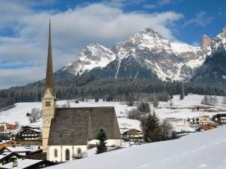 Large 2 bedroom fully equipped ski apartment - Maria Alm vacation rentals