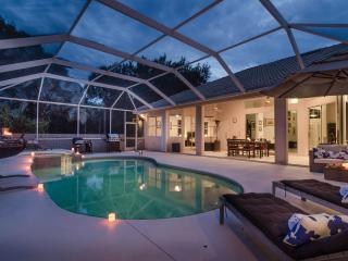 Immaculate 4 Bed/3 Bath Home with Pool & Spa, surrounded by tropical gardens just minutes to Downtown Naples & Gulf Beaches! - Naples vacation rentals