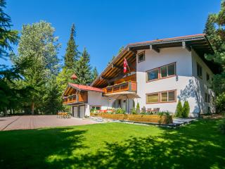 Chalet Edelweiss - privacy, comfort and space! - Whistler vacation rentals