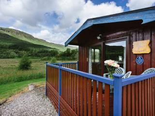 1 bedroom Cabin with Internet Access in Crianlarich - Crianlarich vacation rentals