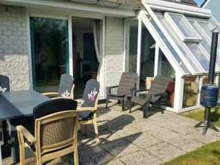 luxe vakantiehuis aan Noordzeestrand - Sint Maartenszee vacation rentals