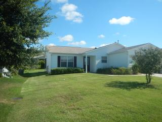 Comfortable House in The Villages with A/C, sleeps 4 - The Villages vacation rentals