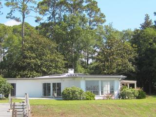 Perfect luxury. Enjoy sunrise &set on private dock - Apalachicola vacation rentals