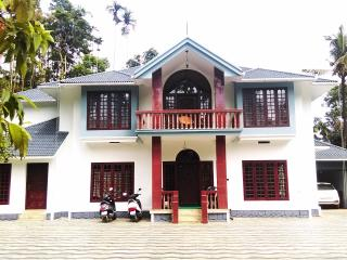 Melvins Homestay Home Away From Home, - Meppadi vacation rentals