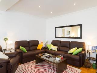 SantaClara GuestHouse - Cabine - Lisbon vacation rentals