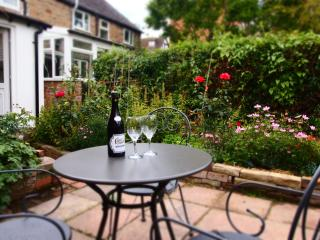99 Old Street - a beautiful Victorian cottage - Ludlow vacation rentals