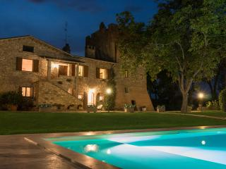 Torre Villa Belvedere   con Piscina a Perugia - Perugia vacation rentals